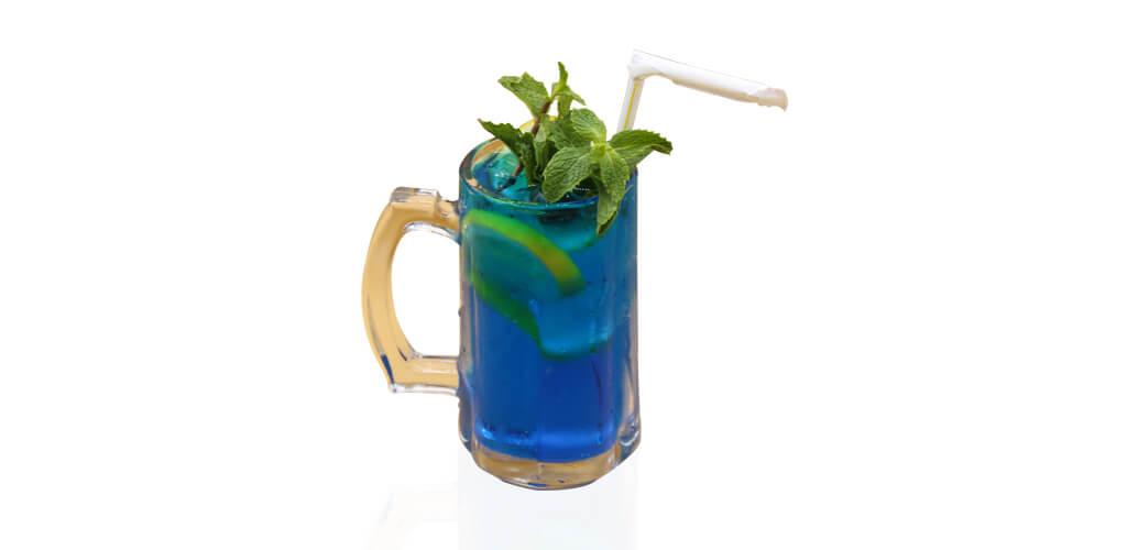 Blue lagoon mojito